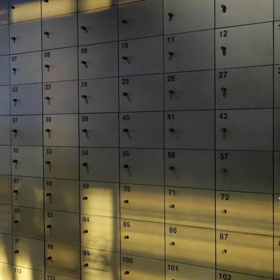 forescolor mdf postkastid